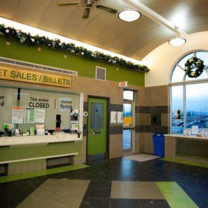 custom garland and wreath go transit