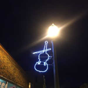 custom fiddle display shelburne