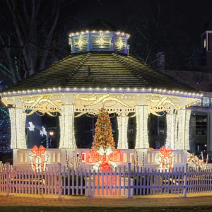 Classic Displays Brampton Gazebo Christmas Decorations
